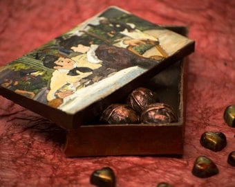 EDIBLE CHOCOLATE Art Box with MASTERPIECE lid & 12 Bonbons