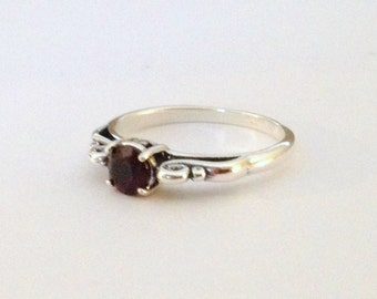 Garnet ring, silver ring, January birthstone, sterling silver jewelry, gemstone ring, red ring, red jewelry, genuine garnet, 2043