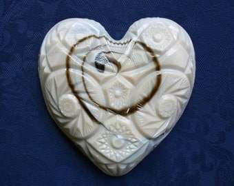 "Slag Glass Herat Dish, ""Carltec"" Pattern Pressed Glass Produced By Kemple Glass Works 1945 - 1970, Unusual Slag Glass Heart Shaped Dish"