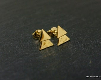 Earrings, triangle