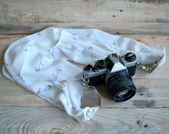 camera strap, DSLR camera strap, white flowers camera scarf