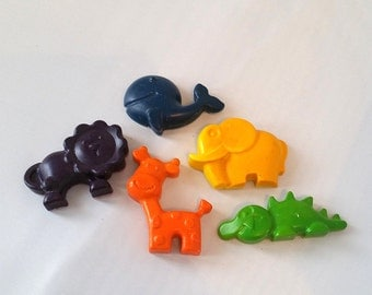 Non Toxic Wild Animal Crayons - Set of 5 - Giraffe, Whale, Lion, Croc, Elephant