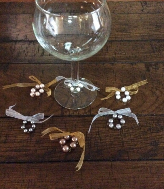 WINE GLASS NECKLACES Pearls, Pearls, Pearls - Set of 6
