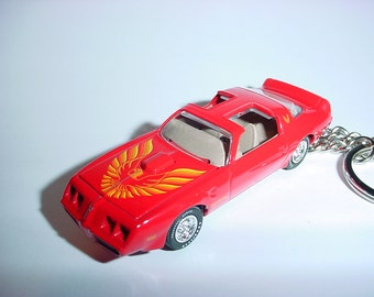 3D 1979 Pontiac Trans am custom keychain by Brian Thornton keyring key chain finished in red color trim diecast metal body hood opens t/a
