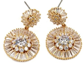 Shining circle crystal earrings
