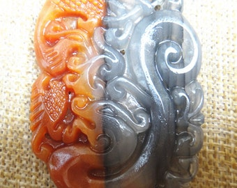 Perfect Chinese dragon phoenix pendant natural jade pendant Lucky Charms HuangLongYu