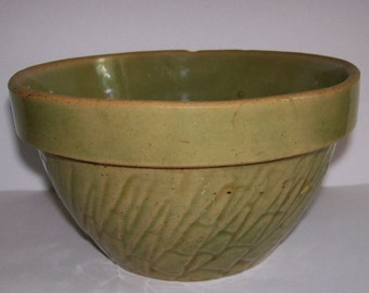 Old Green Glazed Pottery Mixing Shoulder Bowl Vintage 6'' Stoneware Embossed Design Bowl Kitchen Collectibles