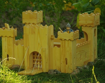 Wooden castle dollhouse, Waldorf wooden castle, knight castle, Natural wooden toy, wooden stronghold, Playing Stronghold, wooden gift