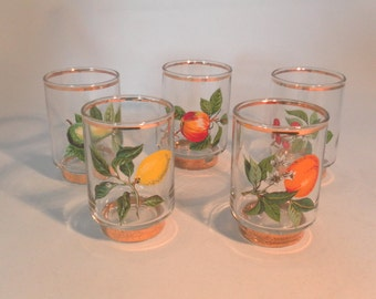 Set of 5 vintage gold rimmed small glasses with fruit designs - original from the 1960's