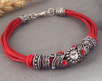 kit red leather bracelet with antique pearl and red strass