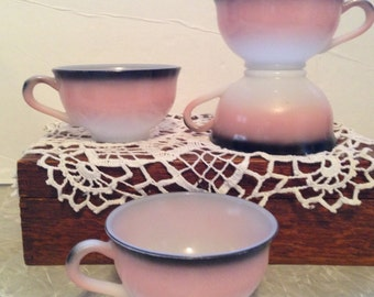 Vintage 1950's set of 4 Hazel Atlas OVIDE tea/coffee cups in pink and white with black-trimmed edge. #619