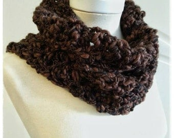 Unisex crochet in shades of Brown and black neck.