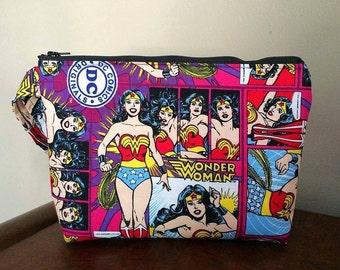 Wonder Women Print Large Wristlet