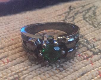 Black peridot green ring size m us 6