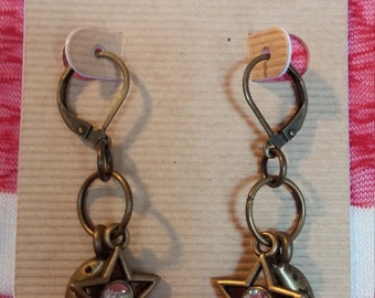 Crescent moon & sparkling star earrings
