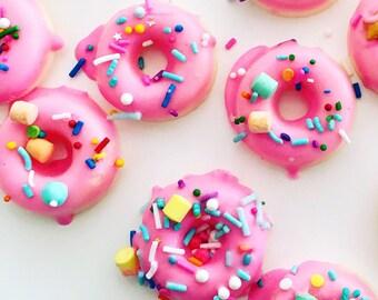 "Pack of 24 mini donut shaped chocolates - ""Funfetti Donuts"" ."