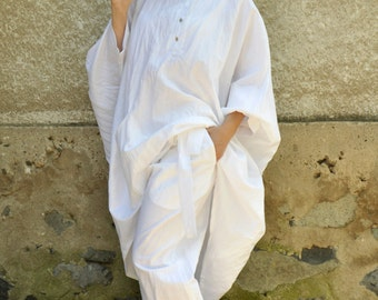 White 100% LINEN tunic/Woman extravagant caftan/Summer Maxi linen blouse/Loose tunic Top/Oversize white caftan/Plus size top/Linen top/T1468