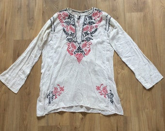 Vintage 70s Embroidered Blouse Small