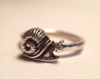 Sweet Snail Ring