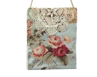 Shabby chic bag, floral crossbody, garden party purse, summer wedding bag, roses  romantic floral print purse, romantic floral bag, handbag