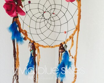 Large red rose dreamcatcher