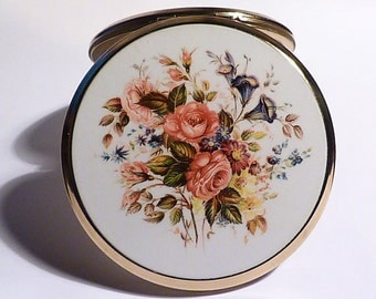 Vintage compact mirrors Stratton powder compacts vintage bridesmaids gifts wedding favors / favours