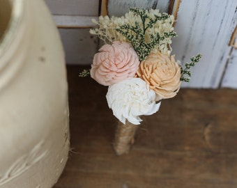 Groom Boutonniere, Sola Boutonniere, Wedding Flowers, Buttonhole, Rustic Wedding, Country Wedding