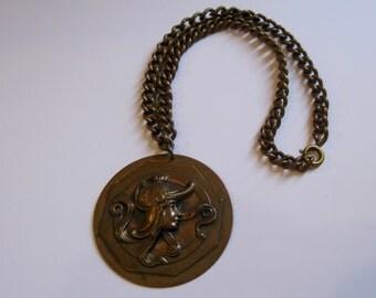 Vintage 60s necklace, 60s necklace, copper repousse, hippie necklace, female warrior