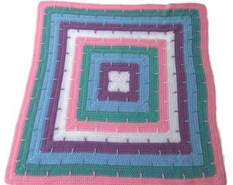 Interlocking Stripes Baby Blanket, crochet baby blanket, baby shower gift, striped blanket, lap blanket, square blanket