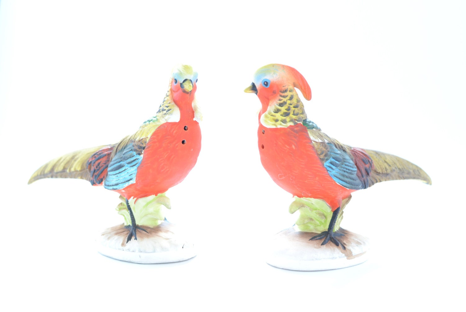 Vintage quail salt and pepper shakers large colorful birds Colorful salt and pepper shakers