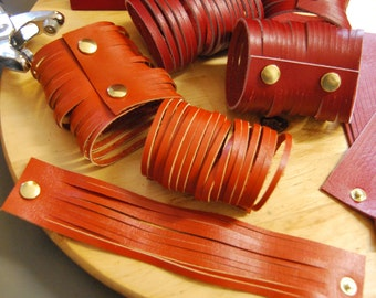 Leather bracelet colored