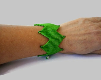 Green bracelet, Macrame bracelet, Wide cuff bracelet, Adjustable bracelet, Bracelet cuff, Macrame jewelry, Statement bracelet
