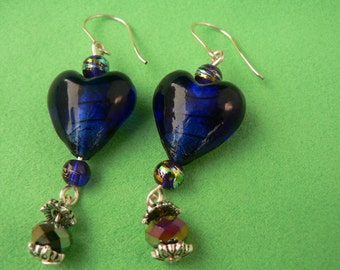 Blue heart wire earrings