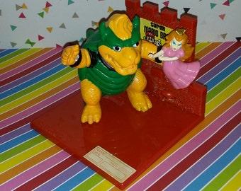 Vintage 1988 Habro Super Mario Bros King Koopa and Princess Peach Nintendo Trophy