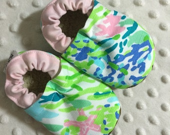 Soft Sole Baby Shoes Baby Girl Shoes Baby Booties Crib Shoes Toddler Shoes Lilly Pulitzer Sky Blue Cotton Fabric Faux Fur/Suede Handmade