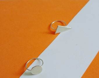 Delicate ring / 925 silver triangle