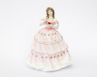 Royal Doulton Figurine - Red Red Rose / Bone China / Hand Painted