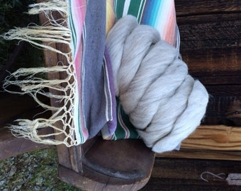 Navajo Churro Roving - Beige 14 ounces - Natchka