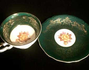 Vintage Tea Cup and Saucer     VG2126