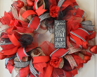 Red and Black Love Mesh Wreath; Heart and Rose Wreath; Valentine Wreath; Valentine Decor; Heart Decor; Romantic Decor; Handmade Wreath