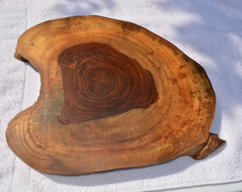 Beautiful Handmade Rosewood Cutting/Cheese Serving Board