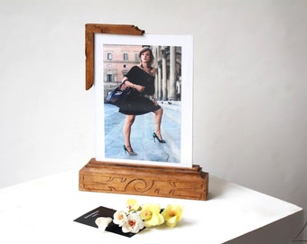 Picture frame for photos OOAK handmade display in carved wood, front and back, double frame, italian handcraft, wooden display, carving