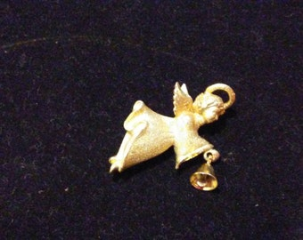 Robin Rush Angel with Bell goldtone brooch pin costume jewelry