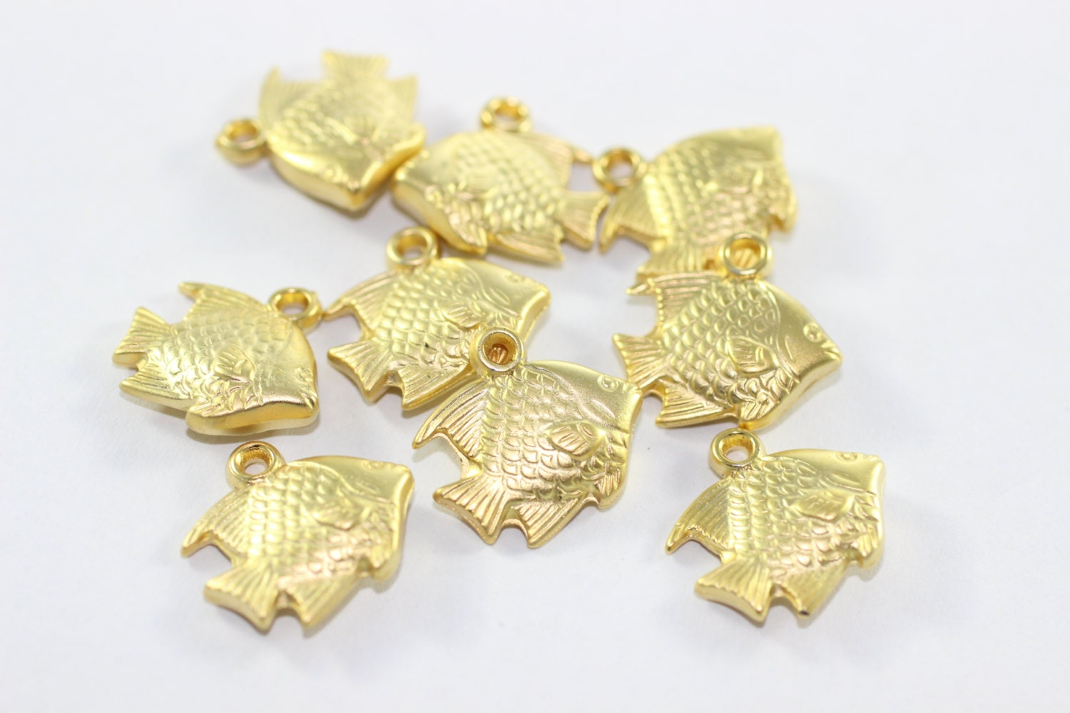 50 pcs gold plated fish charms 17 mm fish pendants gold for Gold fish charm