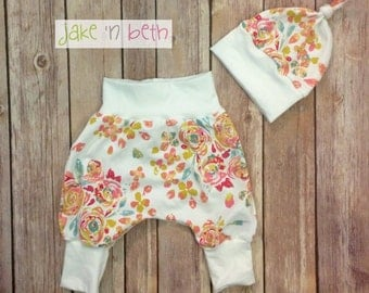 Floral harem pants and knot hat, baby set, going home outfit, newborn baby outfit
