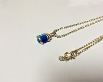 Sterling Silver blue cat's eye necklace-7.5""