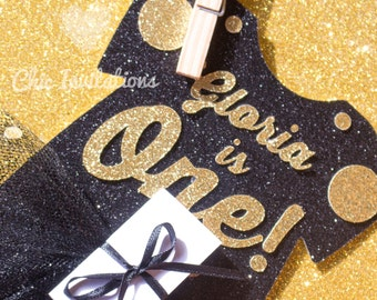 First Birthday Invitation, Glitter, gold, black and gold, Fancy Invitation Black Invitation Girl Custom (set of 15 invitations)