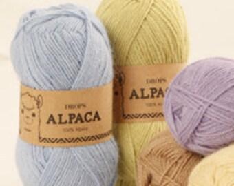 DROPS Alpaca 100% Alpaca Knitting Yarn. An all time favorite made purely from soft alpaca!
