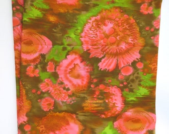 """Vintage 70s Mod Floral Print Polyester Dress Fabric  45"""" x 2-7/8 yds Green & Pink — Thompson of California"""