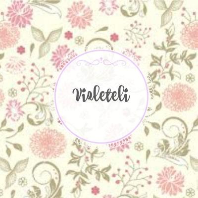Melanie Violet